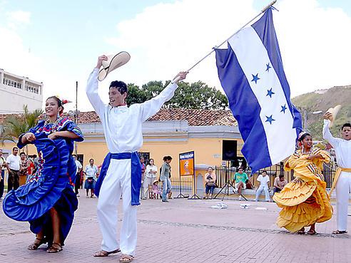 Cultura El Festival Bandera Bajo De